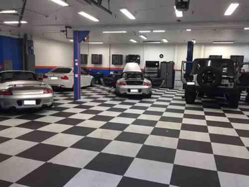 Decogarage dalles de sol et am nagement de garage voitures youngtimers - Amenagement de garage voiture ...