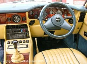 intérieur aston martin volante