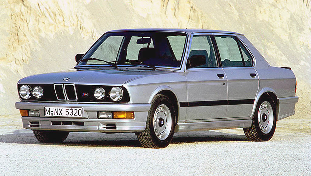 Bmw m 535i e28 voitures youngtimers for Garage bmw horizon