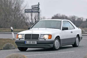 Mercedes 300 CE youngtimer