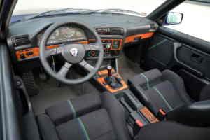 Intérieur de l'Alpina B3 E30 2.7