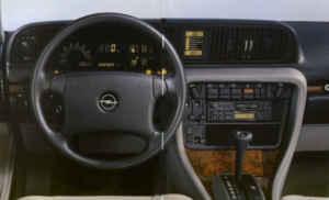 Intérieur de l'Opel Senator B