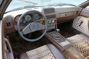 Intérieur de la Porsche 924 Turbo