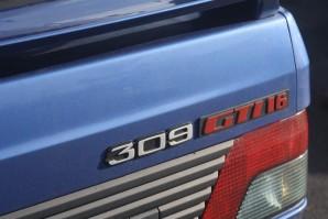 Peugeot 309 gti 16 bombe de la route voitures youngtimers for Moquette route voiture