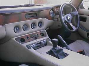 Intérieur de la TVR V8