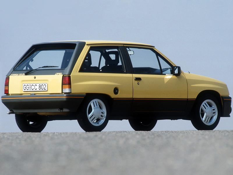 Opel Corsa Gt 1300 Une Corsa Au Look Sportif Voitures