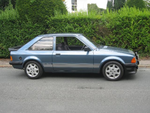 Ford Escort RS 1600 i youngtimer sportive
