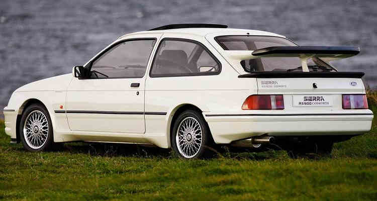 Ford Sierra RS Cosworth voitures youngtimers