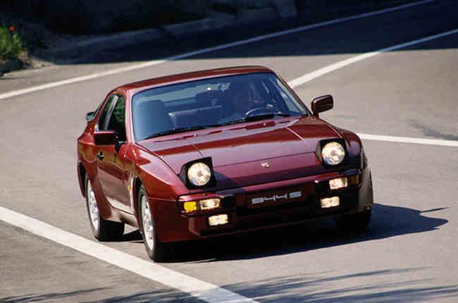 Porsche 944 S voiture youngtimer