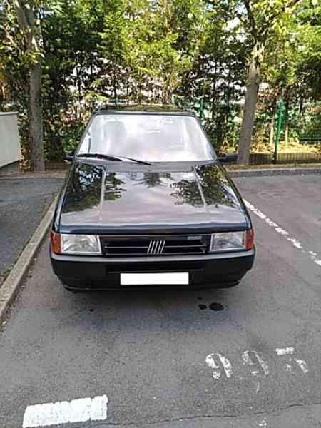 vends FIAT Uno (146) R89 1.0 ie 45cv – > octobre 1993 – un peu plus de 35000 km